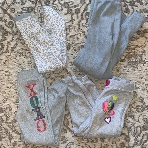 Girls grey sweatpants bundle of 4 for 15$!!